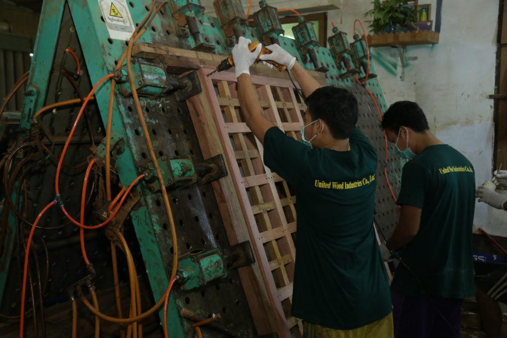 6. Assemble & Gluing Department (1)